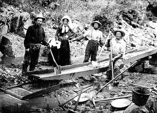 1800年代、ゴールドラッシュの資料写真